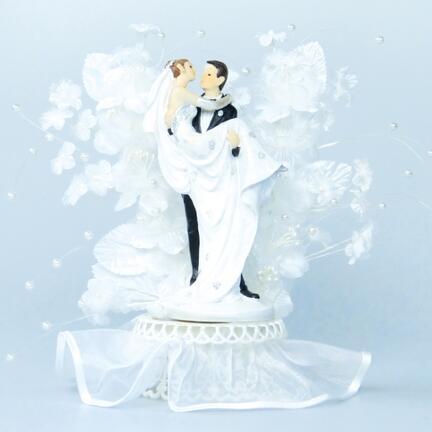 """Bryllupsfigurer """"Brudgom bærer brud"""""""